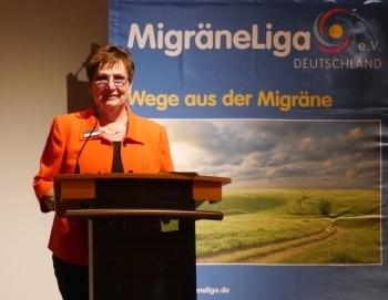 Präsidentin Lucia Gnant eröffnet die Mitgliederversammlung